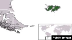 Карта южной Атлантики; зеленым цветом обозначены Фолклендские острова.