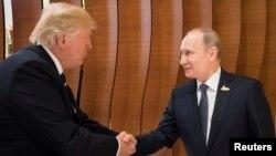 Президенты США и России 7 июля 2017 в Гамбурге