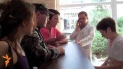 Украиннар яраланган хәрбиләргә кан бирергә чиратка басты