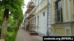 Рэстаўрацыя фасадаў на вуліцы Ўрыцкага