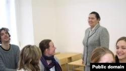 Флера Сафиуллина Германиядән килгән студентлары белән