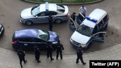 Момент задержания Алексея Навального 12 июня 2017