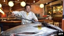 کیوشی کیمورا و ماهی یک میلیون و هفتصد هزار دلاری