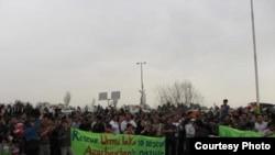 تمجع اعتراضی برای نجات دریاچه ارومیه