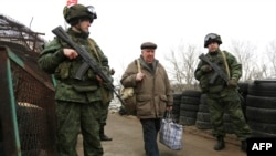 Блокпост сепаратистов, Станица Луганская, 7 марта 2017 года