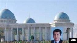 Олег Панфилов: «Вообще все, что происходило в Туркмении со средствами массовой информации, ставило эту страну вровень с Северной Кореей и Кубой»