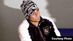 یکی از مسئولان زندان قزل حصار: دادگاه او را به ۲۰ سال دیگر محکوم کرده است.