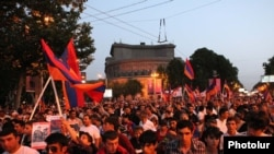 Armenia -- Thousands of supporters of the opposition Armenian National Congress march in Yerevan, 31May2011.