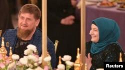 Глава Чечни Рамзан Кадыров с женой Медни, март 2017 года.