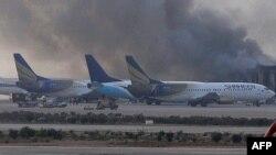 Карачи аэропортундагы түтүн, 9-июнь, 2014