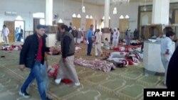 Најмалку 184 луѓе се убиени во напад во џамија во Египет