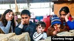 Qarabağ qaçqınlarının uşaqları