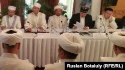 Собрание президиума правления ДУМК в Астане. Иллюстративное фото.