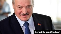 За висновками видання, Лукашенко виділив на ліквідацію понад 1,5 мільйона доларів