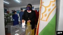 Голосование на выборах президента Таджикистана, Душанбе, 11 октября 2020 года