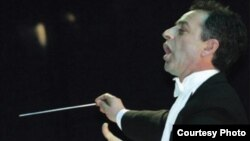 Бујар Липај, диригент.