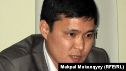 Саясаттанушы Талғат Мамырайымов. Алматы, 2 маусым 2011 жыл.