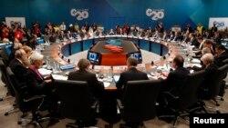 Общая встреча участников саммита G20. Брисбен, Австралия, 15 ноября 2014 года.