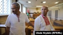 Генадзь Фядыніч і Ігар Комлік на судзе ў «справе РЭП», 24 жніўня 2018 году