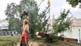 Активистка группы FEMEN. Киев, 17 августа