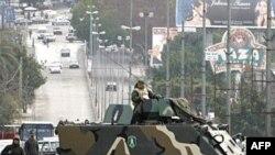 بسياری از ناظران معتقدند که لبنان در حال حاضر در بدترين وضعيت سياسی خود، پس از جنگ داخلی سال های ۱۹۷۵-۱۹۹۰ ميلادی، به سر می برد.(عکس: AFP)