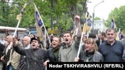 Тбилиси, 22 мая. Противники президента Саакашвили