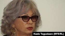 Гүлжан Ерғалиева, guljan.org сайтының редакторы. Алматы, 5 қыркүйек 2012 жыл