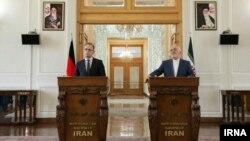 کنفرانس خبری مشترک محمدجواد ظریف و هایکو ماس، وزیران خارجه ایران و آلمان، در تهران