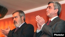 Armenia - President Serzh Sarkisian (R) and Dashnaktsutyun leader Hrant Markarian attend a celebration in Yerevan organized by Dashnaktsutyun.