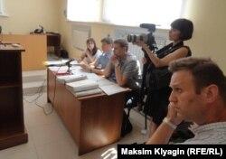 Слушание об условно-досрочном освобождении Олега Навального в Урицком районном суде 27 июня 2016 г.