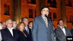 Gruzijski predsjednik Mikheil Saakashvili govori tokom obraćanja lidera pet zemalja u Tbilisiju, 12. avgust 2008.