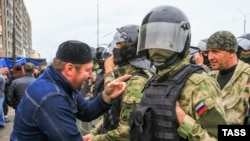Several mass rallies against the Chechnya land swap in Ingushetia were violently dispersed by police and dozens of people were detained and later fined or jailed.