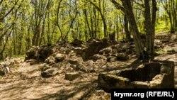 Развалины древнего храма на мысе Айя