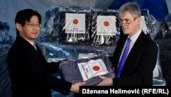Ambasador Japana Kazuja Ogawa i regionalni predstavnik UNHCR za Jugoistočnu Evropu Andrew Mayne