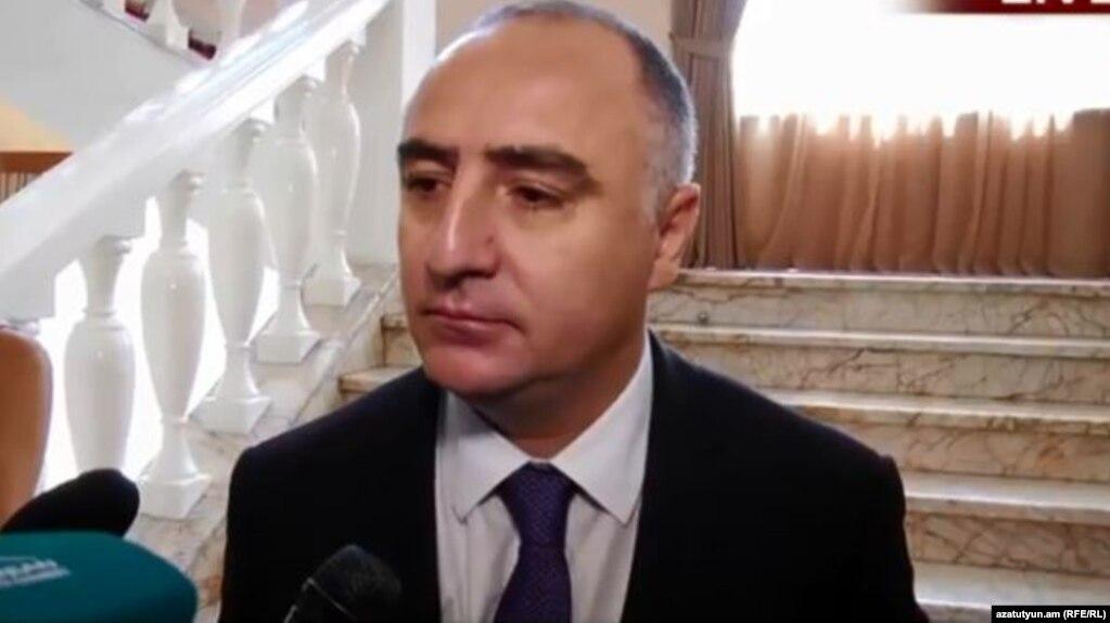 Հայտնի  պաշտոնյաները հասցնում են  «ծլկել» Հայաստանից.համակարգից ինֆորմացիայի արտահո՞սք է իրականացվում. «Ժողովուրդ»