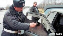 Министр внутренних дел Ингушетии Муса Медов лично давал инструктаж милиционерам, как проводить рейды по выявлению нарушений