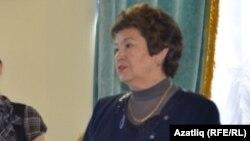 Хәнисә Алишина