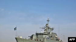 "The Iranian warship the ""Alvand"" in the Persian Gulf in 2009."