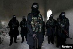 Suriya münaqişəsində radikal islamçı üsyançılar getdikcə üstünlüyü ələ alırlar.