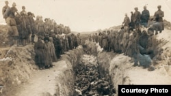 Захоронение умерших от тифа
