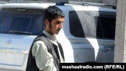 کندهار: دغه ځوان چې د ځانمرګي برید لپاره روزل شوی د افغان امنیتي ځواکونو لخوا ونیول شو.