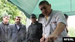 """Работники рынка """"Садовод"""" не захотели видеть в своих рядах коллег с """"Черкизона"""""""
