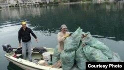 Jedna od akcija čišćenja Boke Kotorske, Foto K.S.R. Zubatac