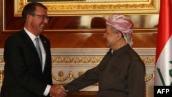 Лидер иракских курдов Масуд Барзани и глава Пентагона Эштон Картер.