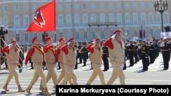 Парад Победы с участием «Юнармии» в Санкт-Петербурге. Фото из соцсетей