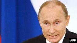 Ресей президенті Владимир Путин Федералды жиында сөйлеп отыр. Мәскеу 12 желтоқсан 2012 жыл.