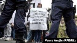 "Sa protesta zbog potpisivanja ugovora za ""Beograd na vodi"""