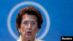 Бурджанадзе поставила под сомнение вопросы восстановления принципа общественной справедливости, экономического развития, территориальной целостности