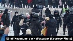 Задержание Анны Айги на акции 23 января