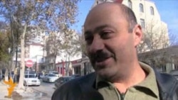 Bakı sakinləri müəllimlərin maaşları haqqında
